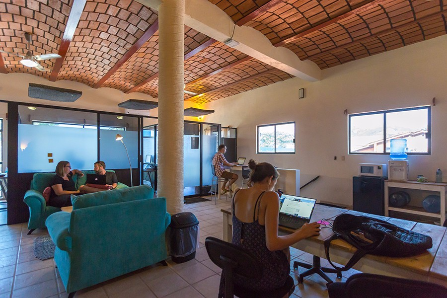 sayulita-cowork-common-space